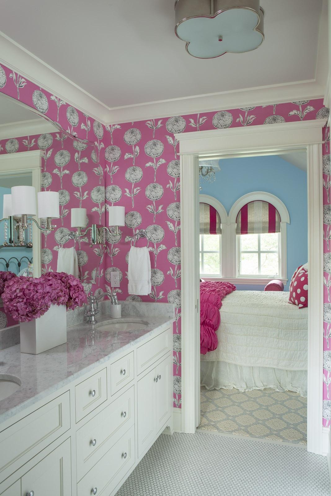 15 Reasons To Love Bathroom Wallpaper on Bathroom Models  id=91533