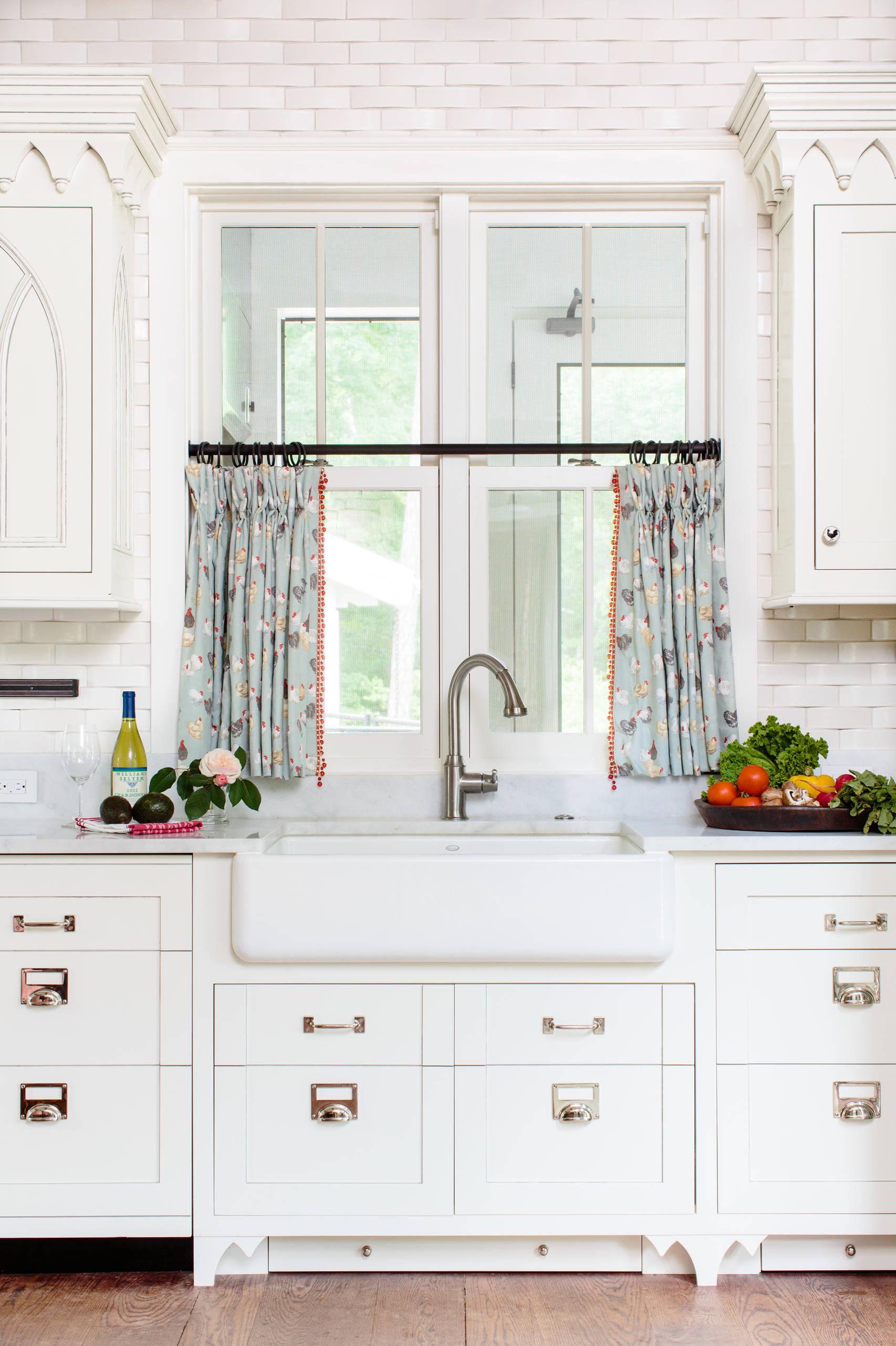 10 Best Patterns For Kitchen Curtains