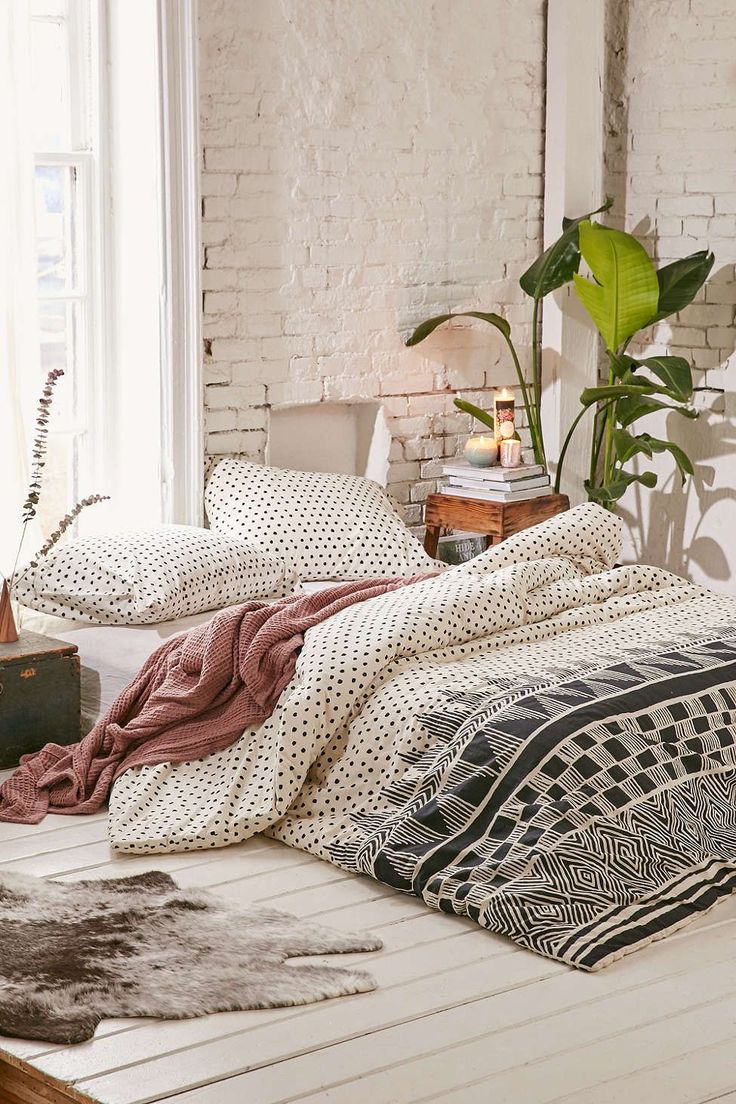 40 Bohemian Bedrooms To Fashion Your Eclectic Tastes After on Boho Master Bedroom Ideas  id=83843