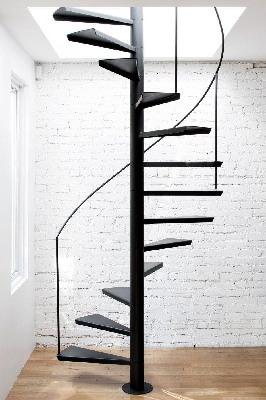 The 13 Types Of Staircases That You Need To Know | Types Of Spiral Staircase | Divine | Elegant | Exterior | Free Standing | Aqua