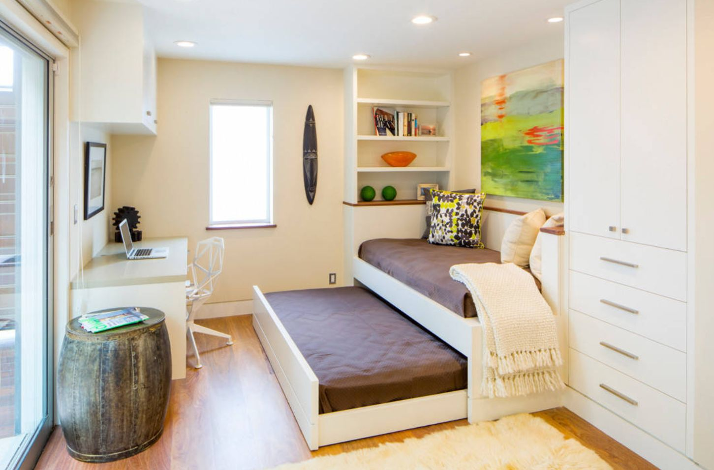 Cool Beds For Small Rooms With Limited Storage on Teenage Beds For Small Rooms  id=94101