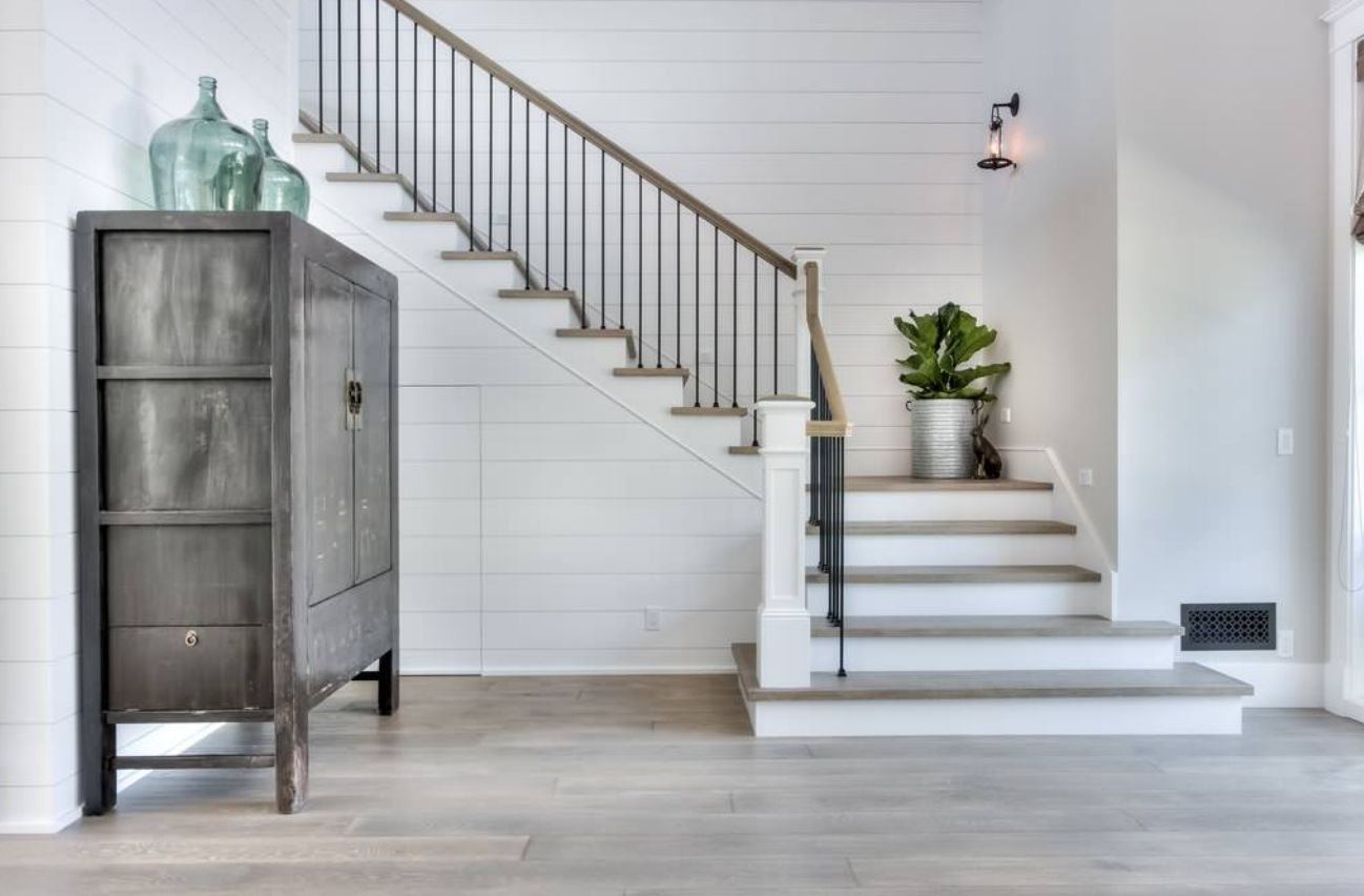 The 13 Types Of Staircases That You Need To Know   U Shaped Staircase Design   Round Shape   Traditional   House   Tiny   L Shaped