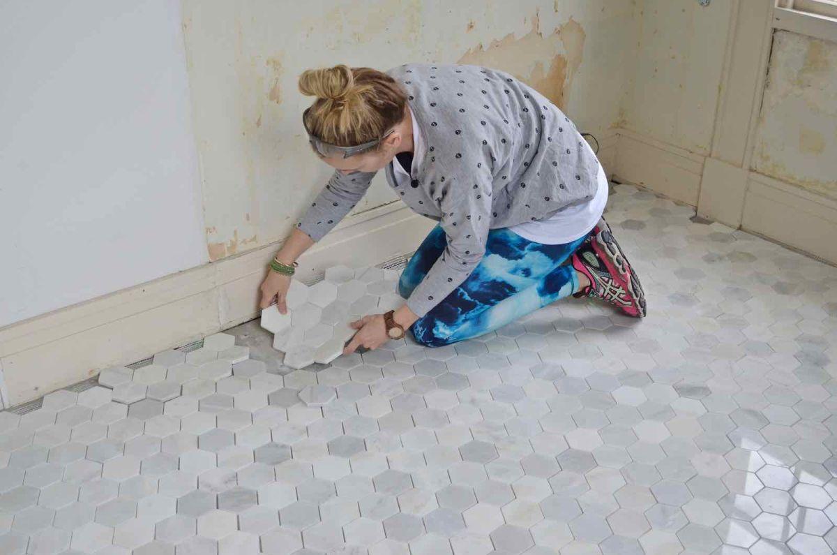 how to tile a bathroom floor a simple