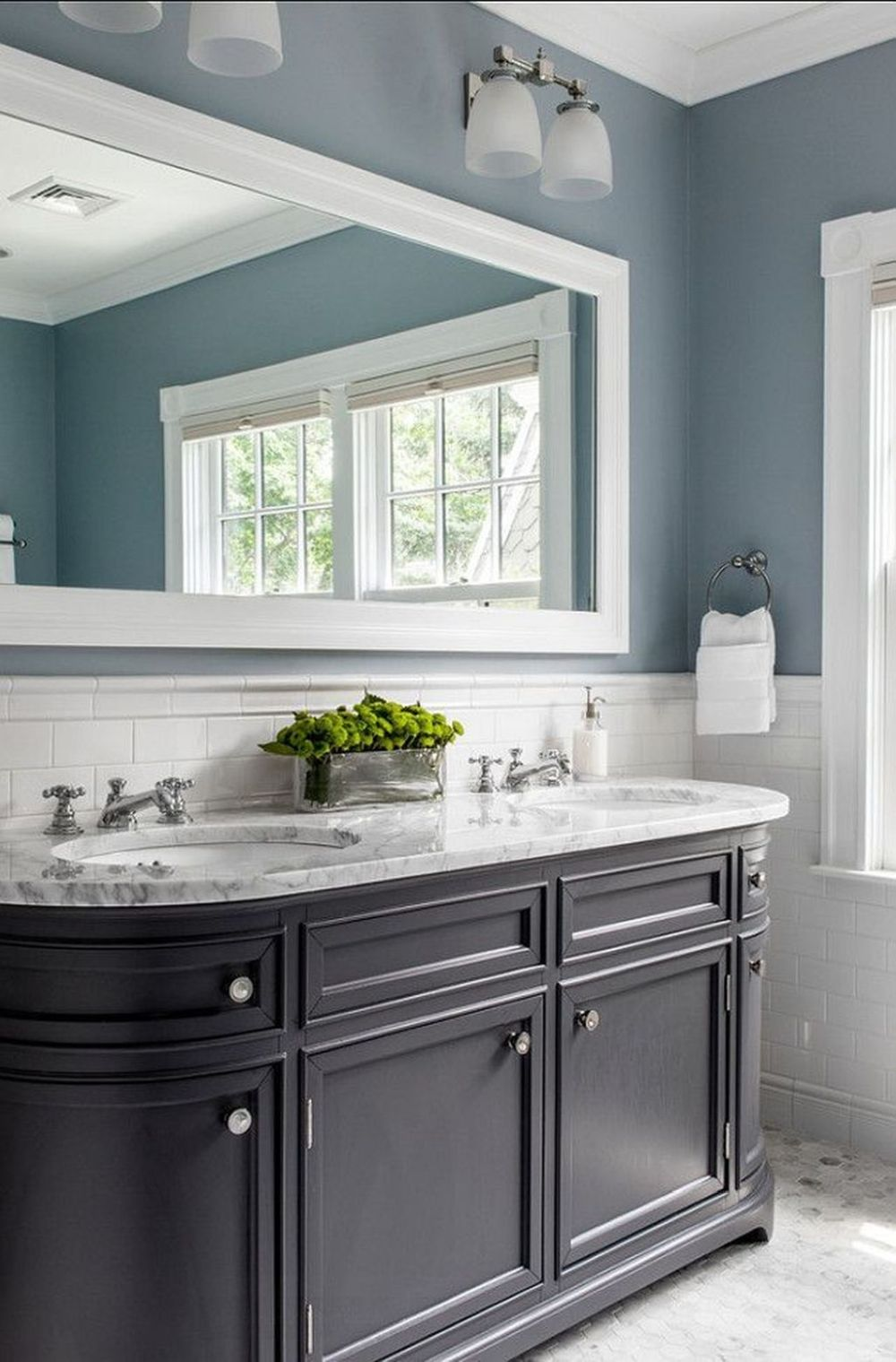 20 beautiful blue rooms ideas to decorate with blue on blue paint bathroom ideas exterior id=23424