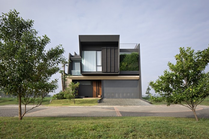 Modern House In Indonesia Takes Minimalism To The Rank Of Art