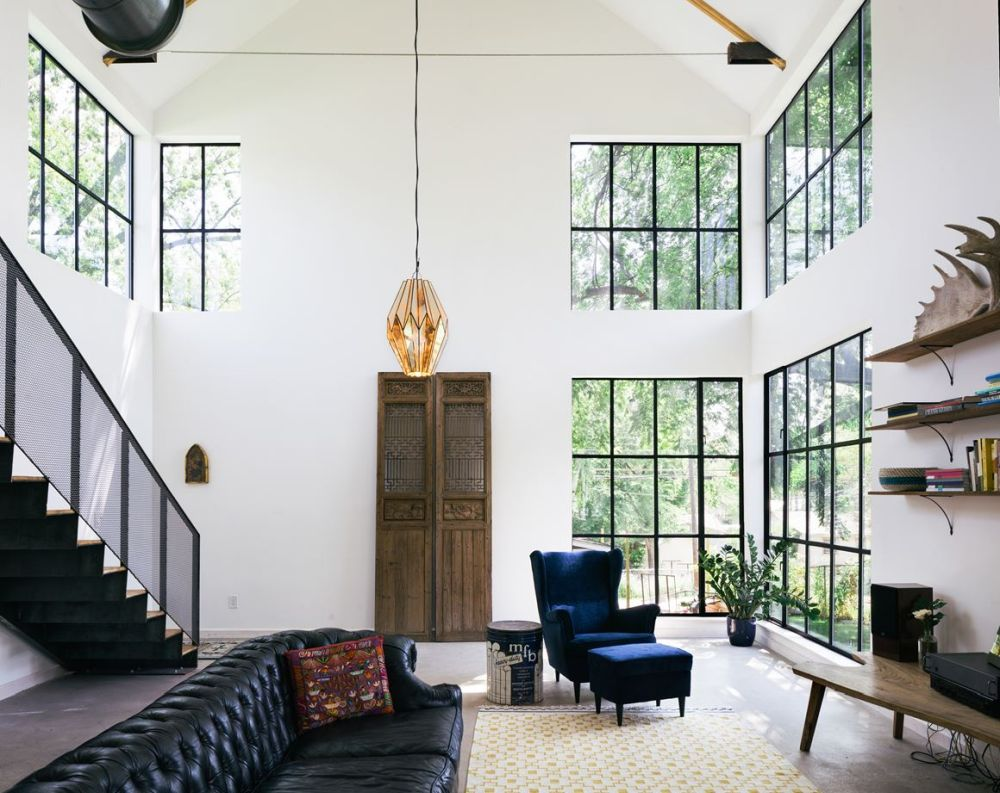 Modern House In Texas Inspired By Old Barns And Stables