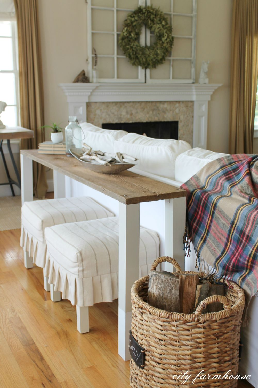 15 Stylish Ways To Make The Most Of Behind Sofa Table