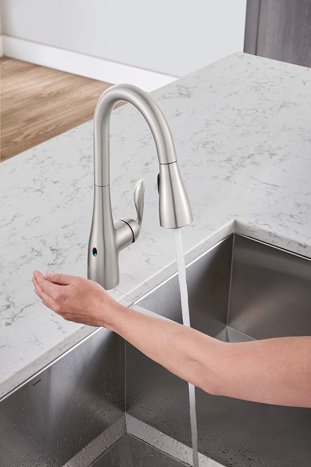 best touchless kitchen faucet available