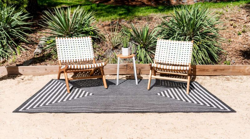 black and white outdoor rugs that fit