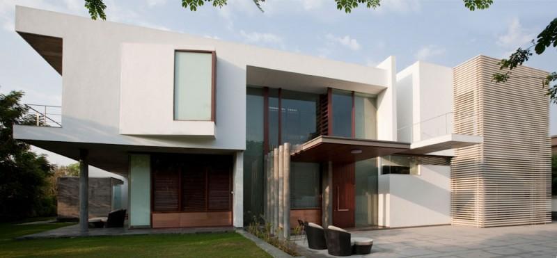 Poona House By Rajiv Saini