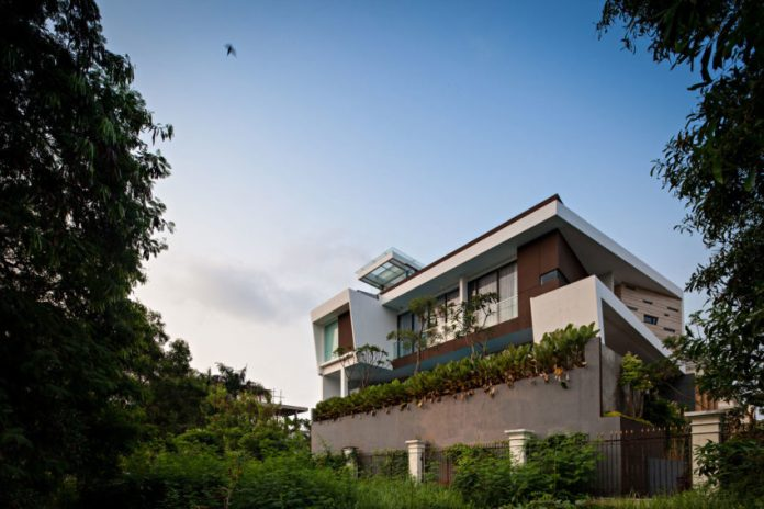 A Contemporary Home In Jakarta Indonesia