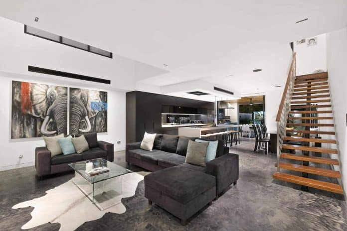Spectacular Interior Design Created by Carrera by Design in Sydney     View in gallery