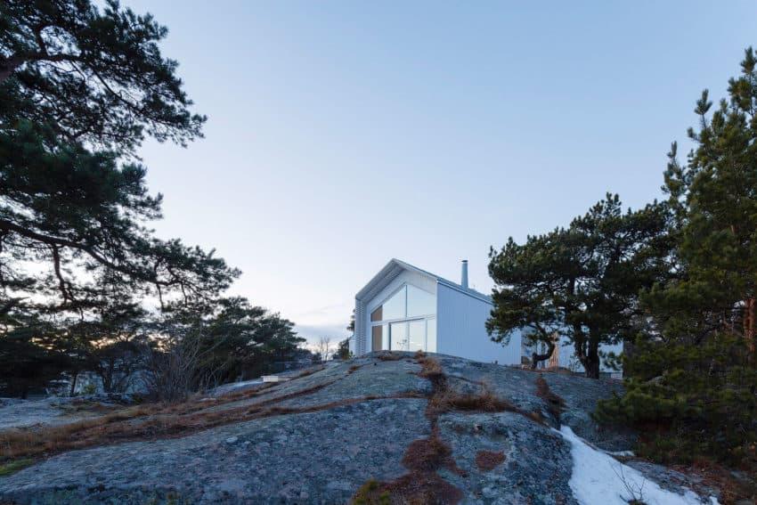 Stormvillan 01 850x567 Beautiful Villa Located in Hanko, Finland Designed by Mer Arkkitehdit