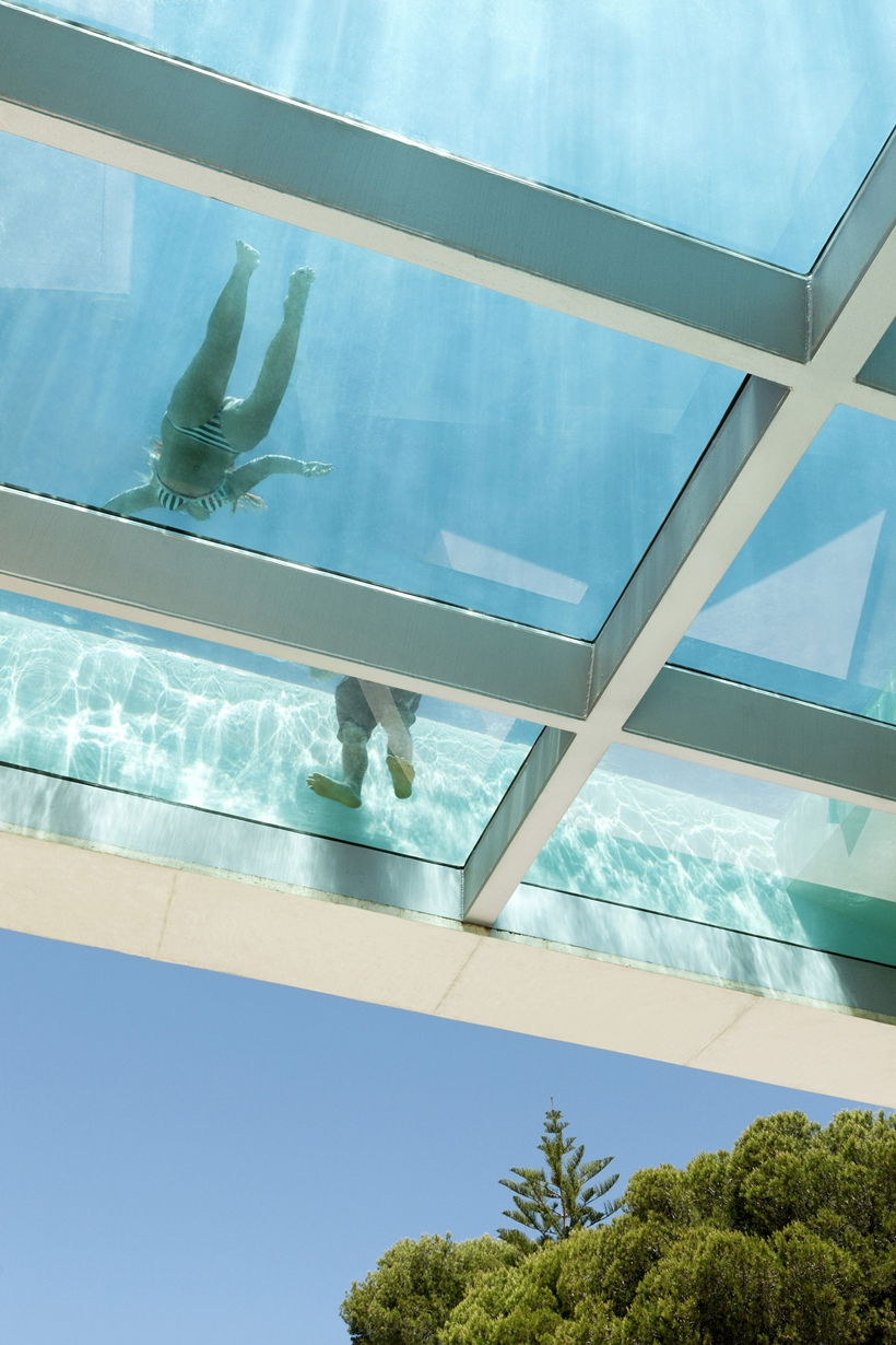 Jellyfish House Modern Mansion Exposing Concrete And A