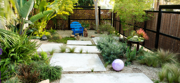Simple Modern Xeriscaping Ideas For Your Outdoor Space on Xeriscape Backyard Designs id=66806