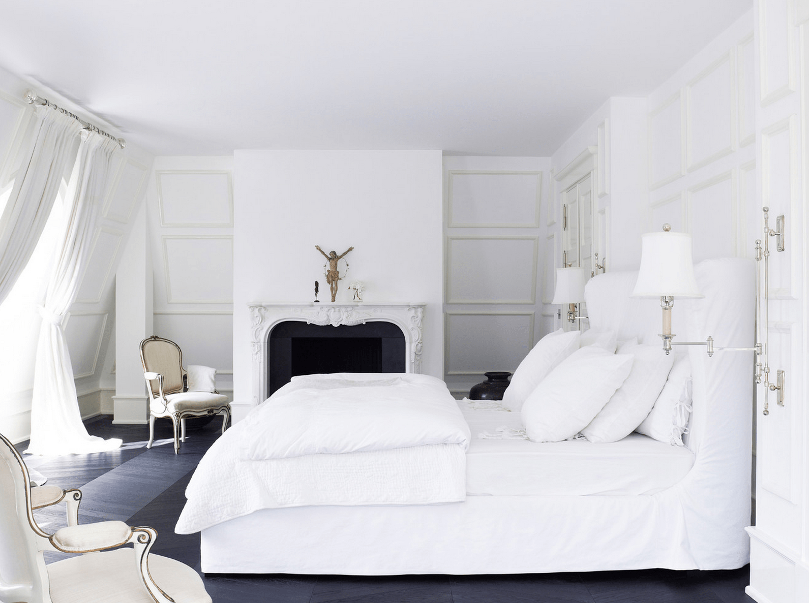 White Bedroom Design Ideas Collection for Your Home on Small Room Pallet Bedroom Ideas  id=73777