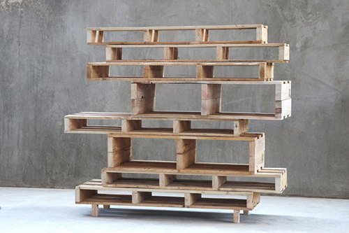 22 Simply Clever Homemade Pallet Furniture Designs To ... on Pallet Design  id=29768