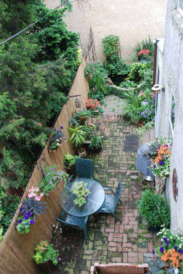 18 Beautifully Creative Landscaping Ideas For Narrow ... on Narrow Backyard Landscaping Ideas  id=60193