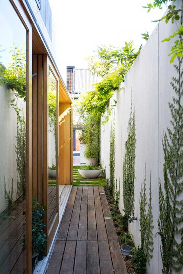 18 Beautifully Creative Landscaping Ideas For Narrow ... on Narrow Backyard Landscaping Ideas  id=82688