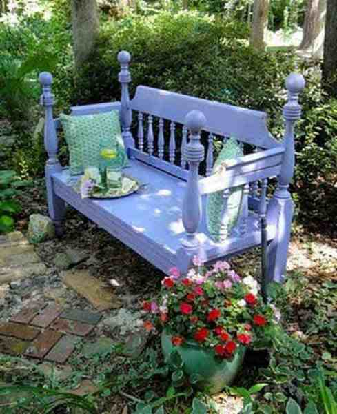 beautiful garden benches 35 Beautiful Garden Benches Projects To Realize This