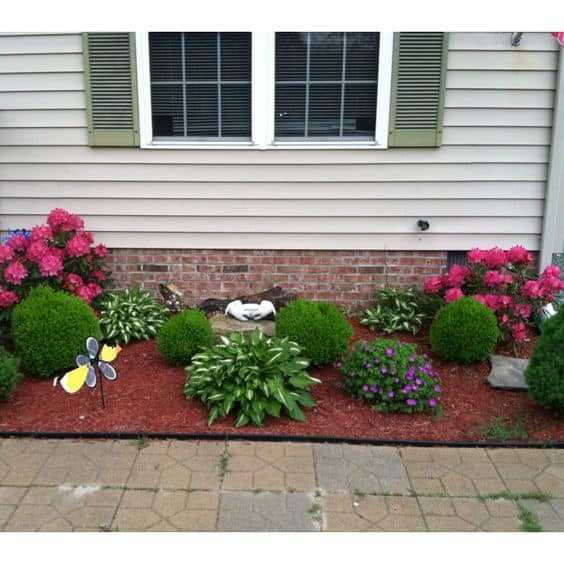 17 Small Front Yard Landscaping Ideas To Define Your Curb ... on Small Landscape Garden Ideas id=86154