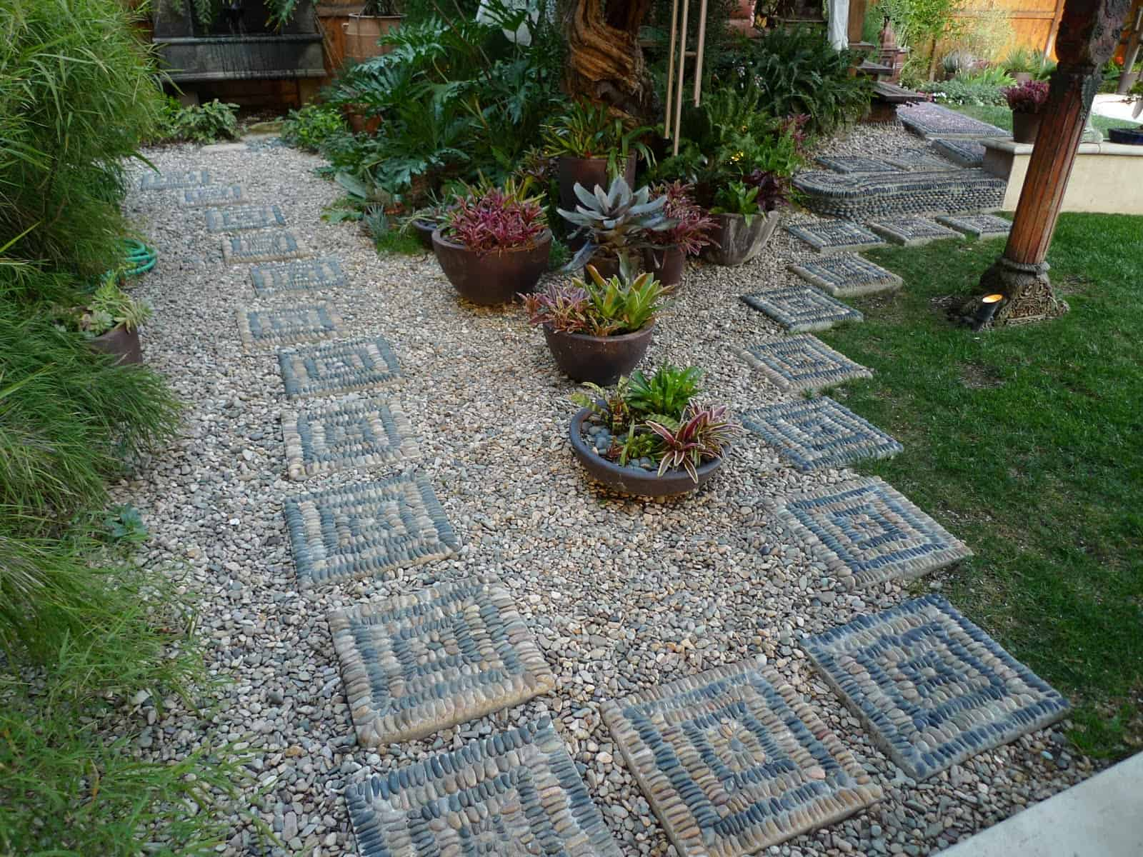 21 Incredible Pebble Landscapes That Will Enhance Your ... on Pebble Patio Ideas id=73101