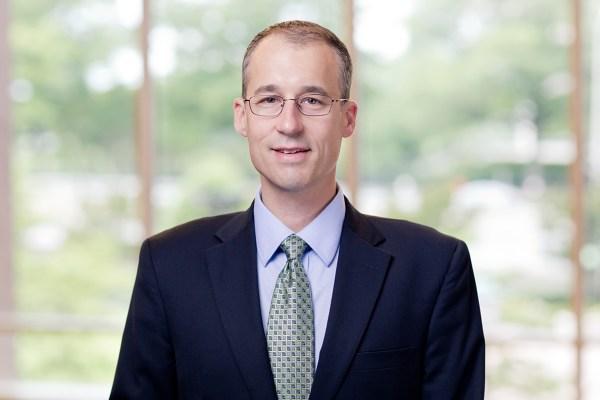 Michael E. Sievers | Hunton Andrews Kurth LLP