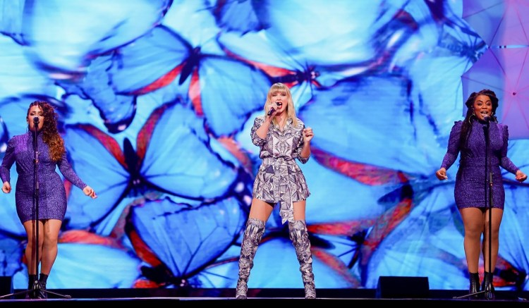 US singer Taylor Swift (centre) performs during the 2019 Tmall 11:11 Global Shopping Festival gala in Shanghai on Sunday. Photo: AFP