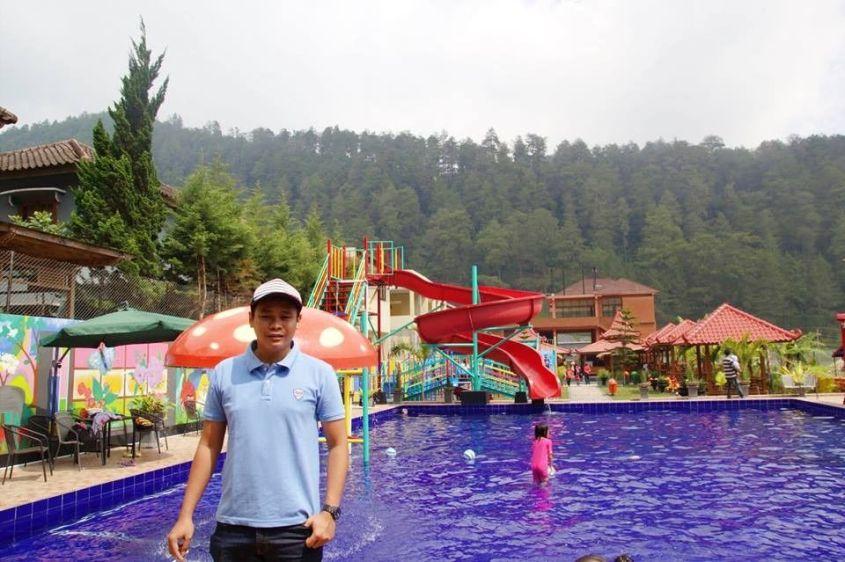 Nikmati 10 Suasana Liburan Akhir Pekan di Bukit Sekipan Tawangmangu Ini!