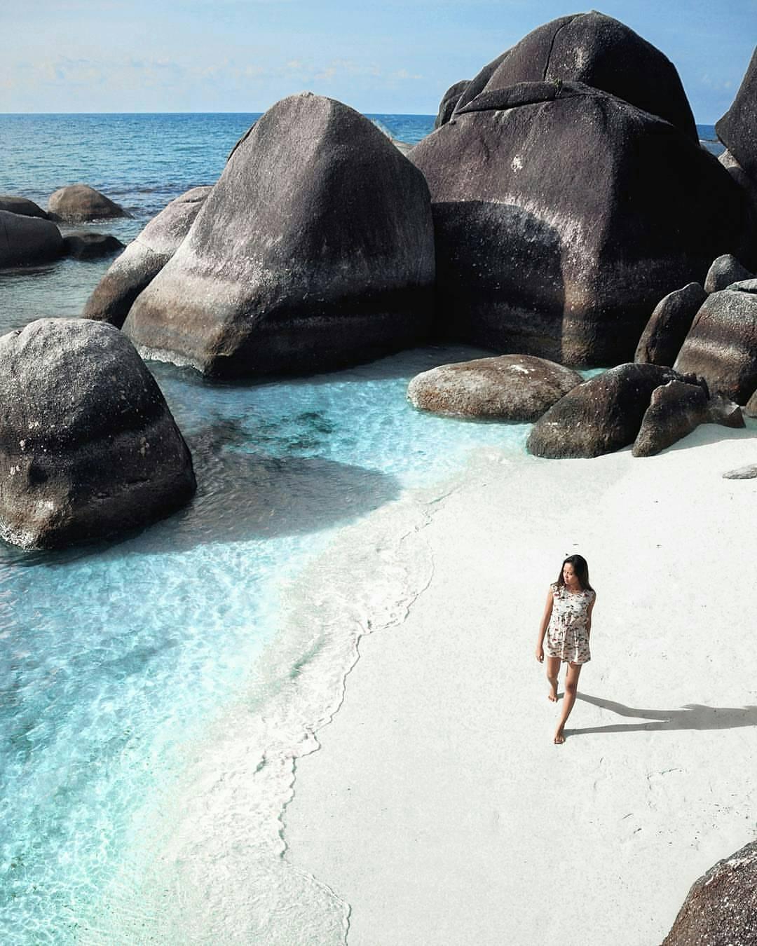 8 Wisata Paling Indah di Pulau Belitung, Negerinya Laskar Pelangi!