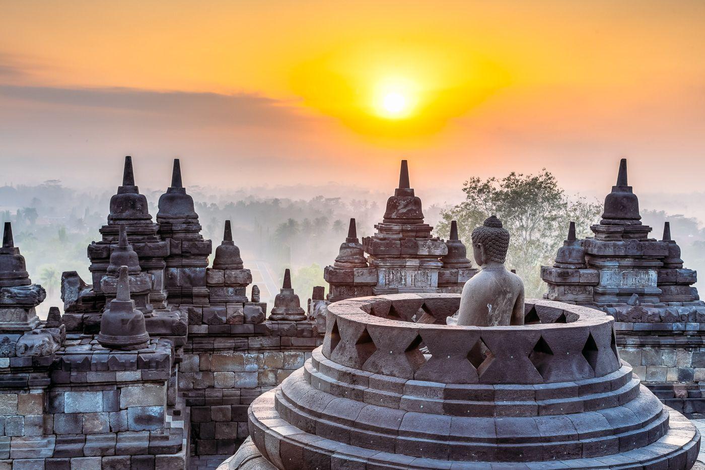 Liburan, Kunjungi 10 Destinasi Wisata Prioritas Indonesia Ini Yuk!