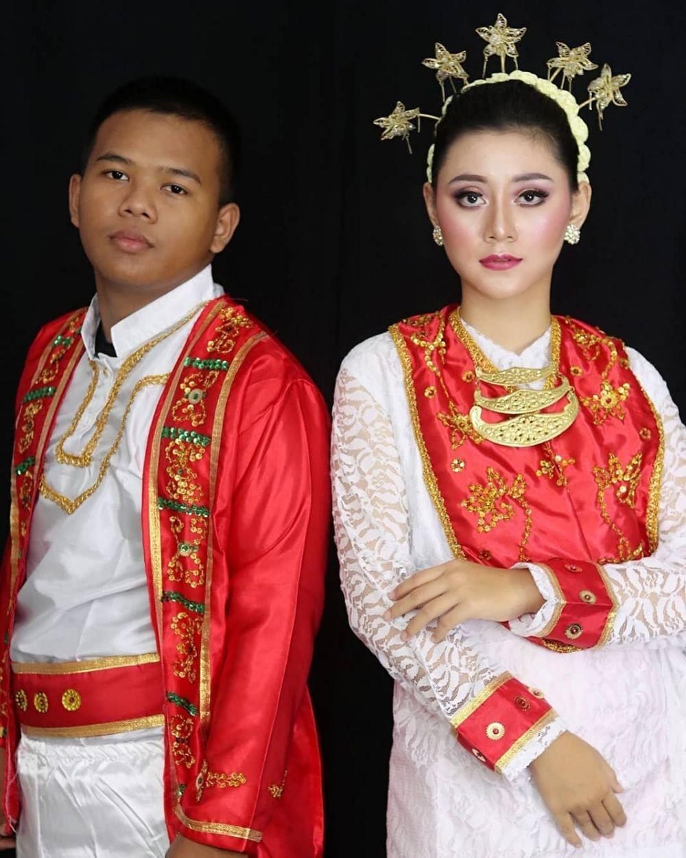 Pakaian Adat Laki Laki Maluku