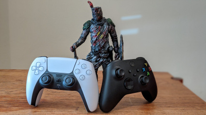 Microsoft спрашивает обладателей новых Xbox про геймпад PS5
