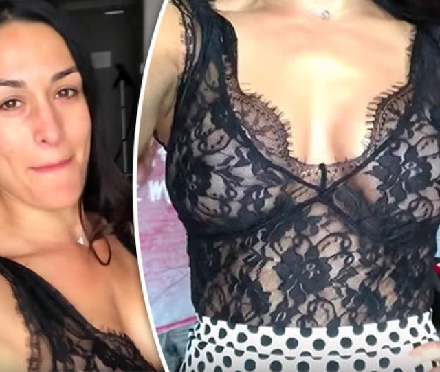 Wwe Wrestling Star Nikki Bella Shows Off Boob Revealing Top In Video