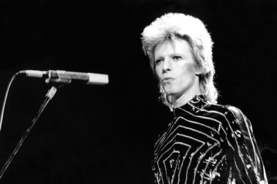 David Bowie accused of having sex with youngsters