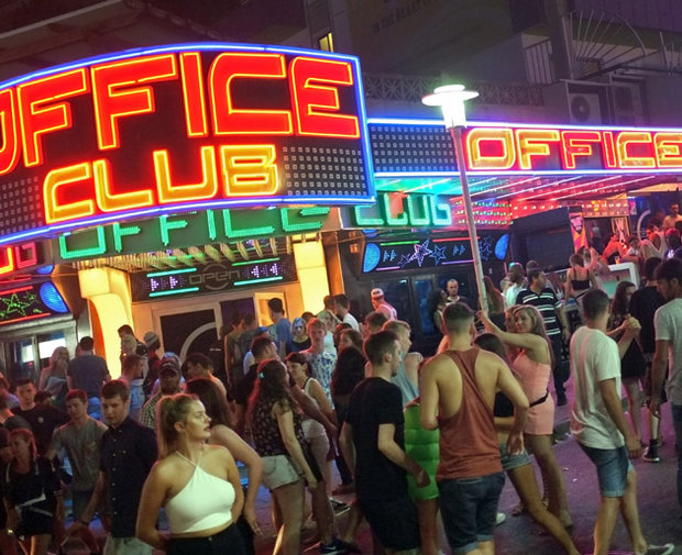 Brits To Have Sti Test Before Magaluf Hols As Party Town
