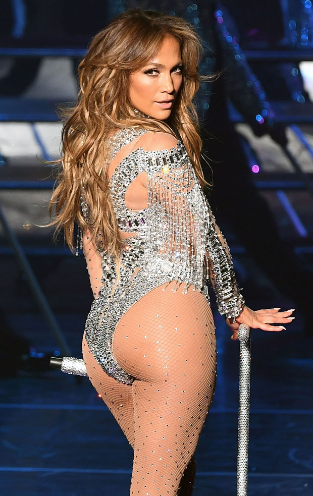 Jennifer Lopez Launches Vegas Comeback With Booty Display Daily Star