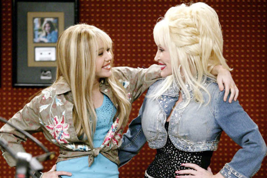 Dolly Parton Admits Shes Worried For Goddaughter Miley Cyrus After Hannah Montana Murder