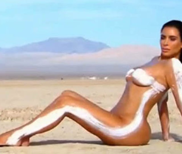 Just Deserts Kims Naked Shoot In The Sand Wound Up Her Little Sister E