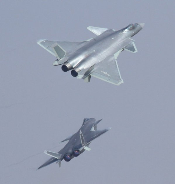 China unleash J-20 Black Eagle stealth jets in 'serious ...