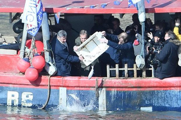 Nigel Farage haddock fish River Thames Brexit deal