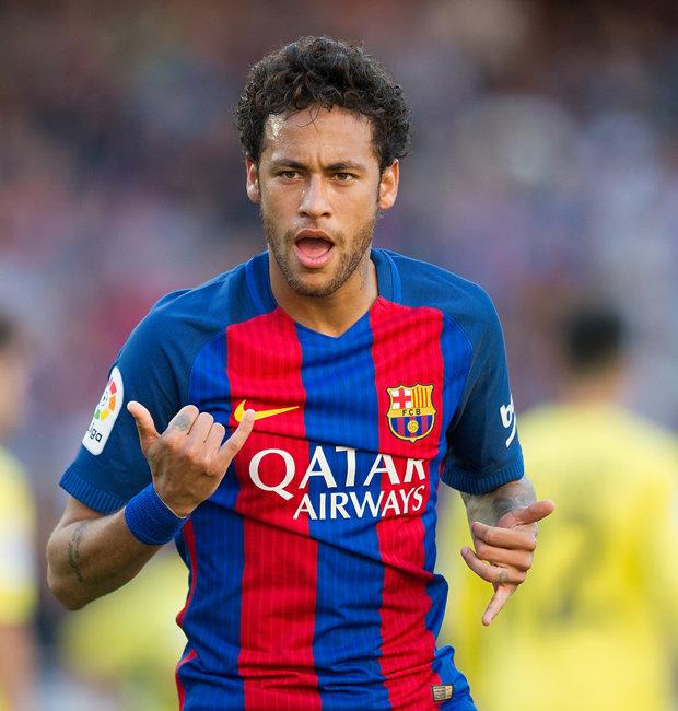 Neymar da silva santos júnior atau biasa dipanggil neymar (kelahiran di mogi das cruzes, são paulo, brasil, 5 februari 1992) merupakan pemain sepak bola. Neymar to PSG: Barcelona transfer in chaos after La Liga ...