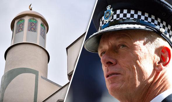 Mosque/Bernard Hogan-Howe