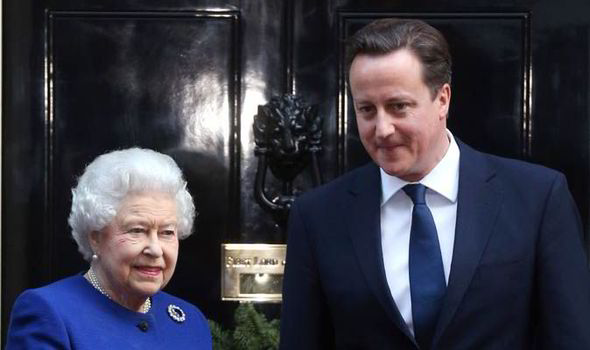 David Cameron will apologises to the Queen in person on ...