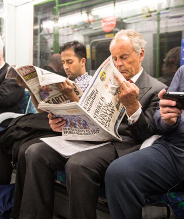 11.1 per cent of commuters prefer to use their journey time reading