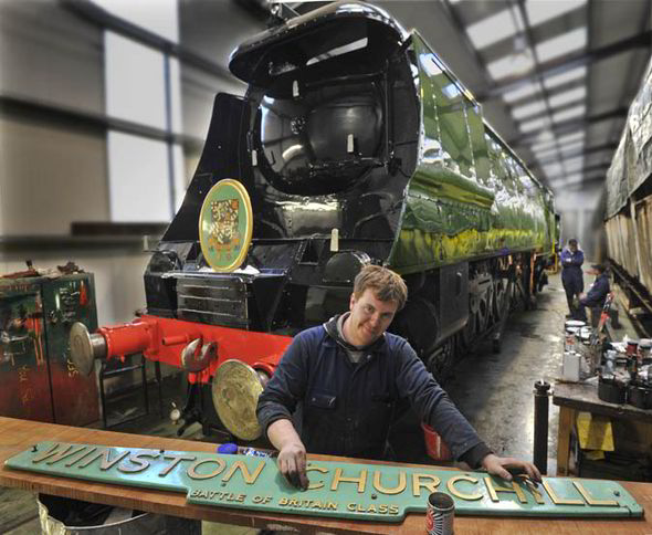 Train that transported coffin of Sir Winston Churchill set ...
