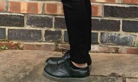 Mum furious after Nottingham schoolgirl punished for 'showing too much ankle'