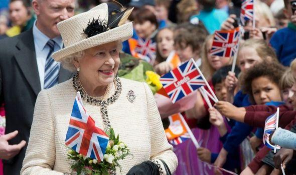 La statue «résolue» du jubilé de la reine Elizabeth pour apporter une «célébration» après la pandémie 2