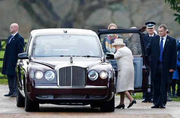 Royal News Queens Jaguar Range Rover And Bentley Cars
