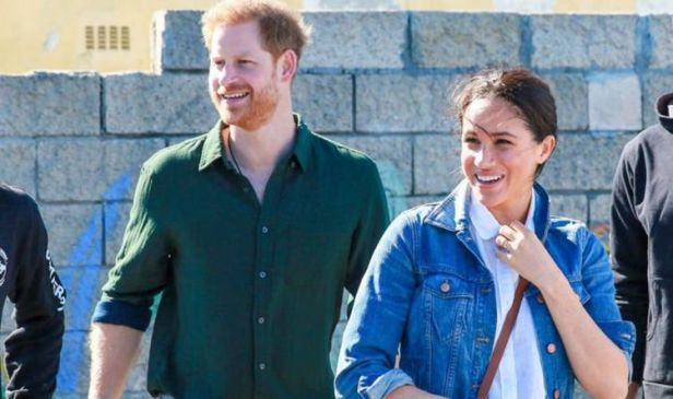 Meghan Markle and Prince Harry to be given Megxit extension by Queen, expert claims